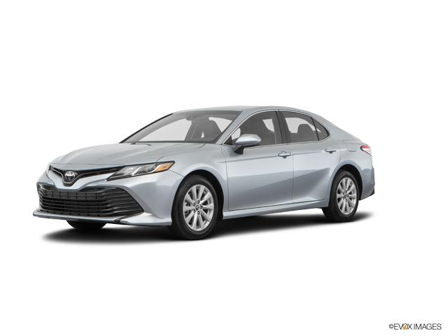 2018 Toyota Camry Le Auto Se Silver Sedan A Toyota Camry At