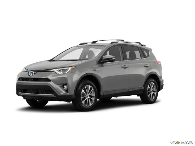 2018 Toyota RAV4 Vehicle Photo in Frederick, MD 21704