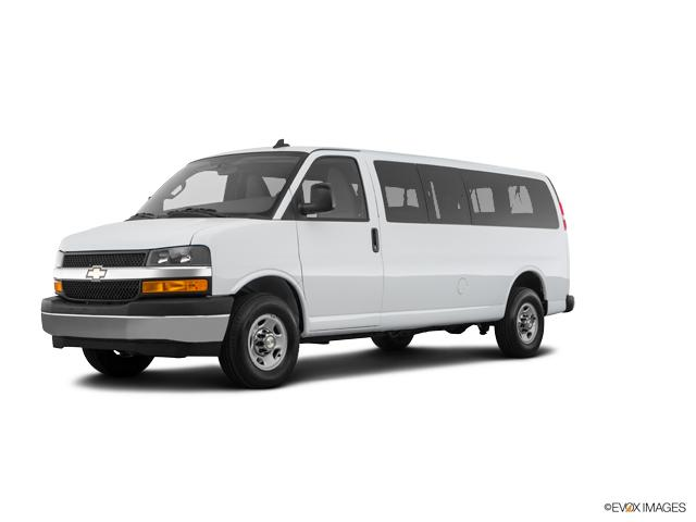 2018 Chevrolet Express Passenger Vehicle Photo in Milford, OH 45150