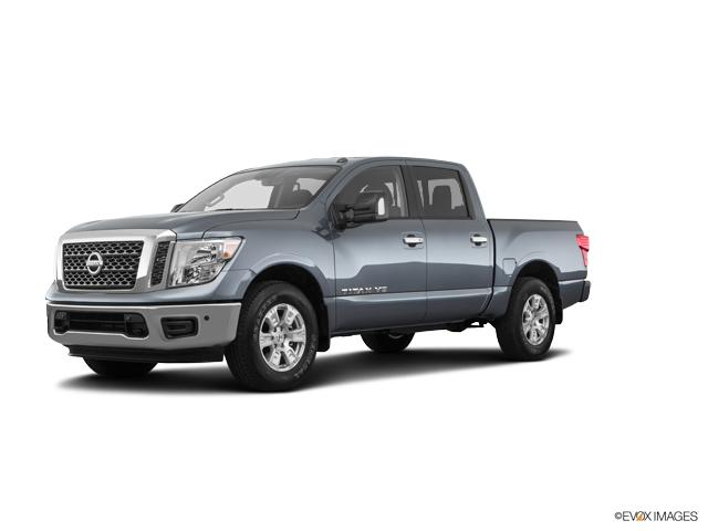 2018 Nissan Titan Vehicle Photo in Oshkosh, WI 54904