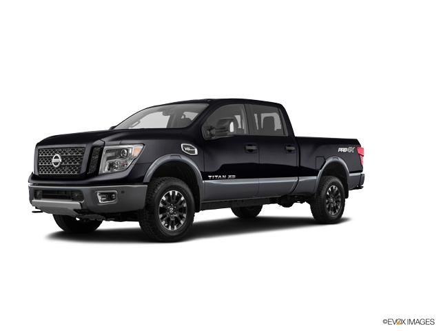 2018 Nissan Titan XD Vehicle Photo in Merriam, KS 66202