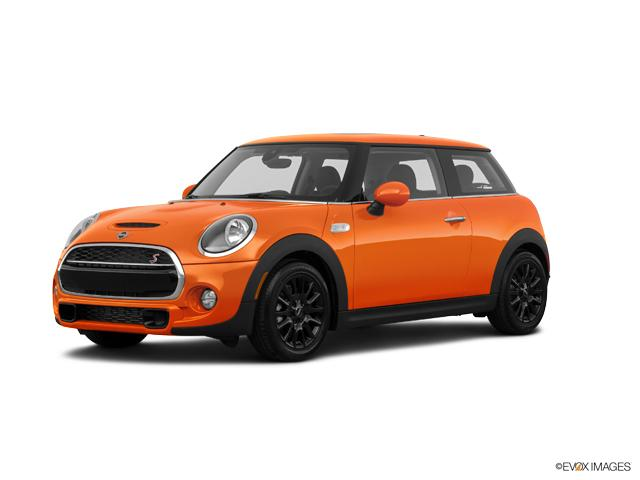 2019 MINI John Cooper Works Hardtop Vehicle Photo in Plano, TX 75093