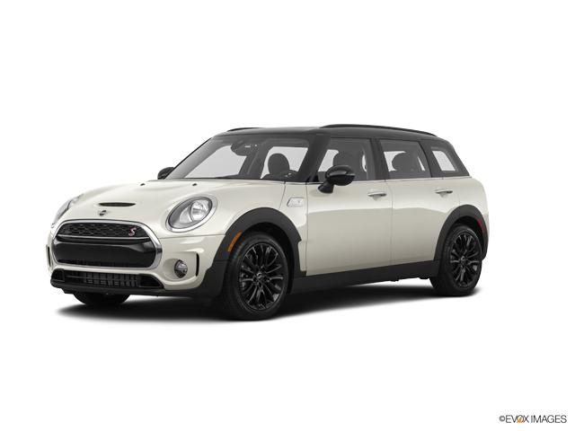 2019 MINI Cooper S Clubman ALL4 Signature Vehicle Photo in Appleton, WI 54913