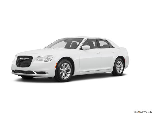 2019 Chrysler 300 Vehicle Photo in Kaukauna, WI 54130