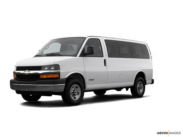 2008 Chevrolet Express Passenger Vehicle Photo in Greensboro, NC 27405