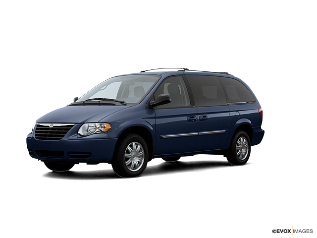 2007 Chrysler Town & Country LWB Vehicle Photo in Oak Lawn, IL 60453
