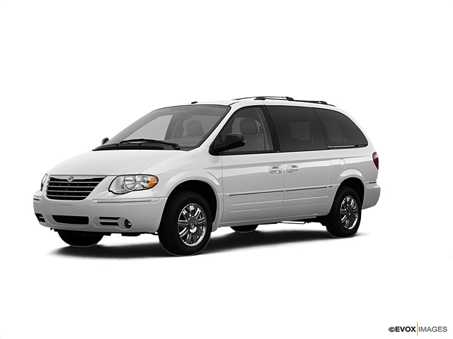 2007 Chrysler Town & Country SWB Vehicle Photo in American Fork, UT 84003