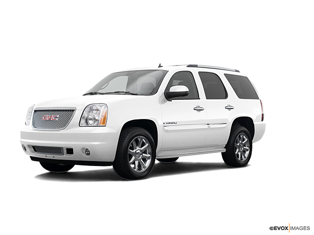 2008 GMC Yukon Denali Vehicle Photo in Spokane, WA 99207