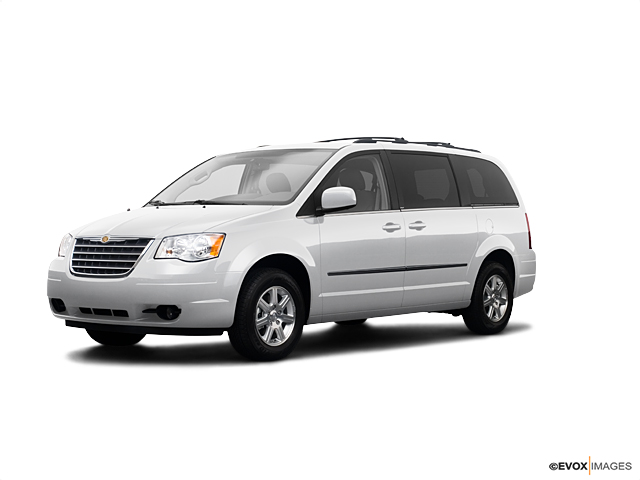 2009 Chrysler Town & Country Vehicle Photo in Saginaw, MI 48609