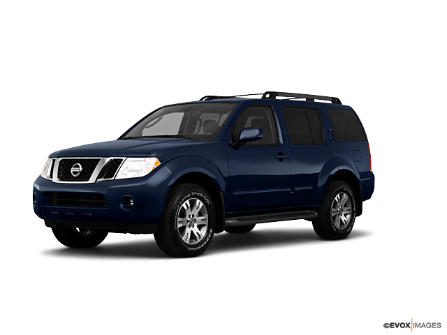 2010 Nissan Pathfinder Vehicle Photo in Greeley, CO 80634
