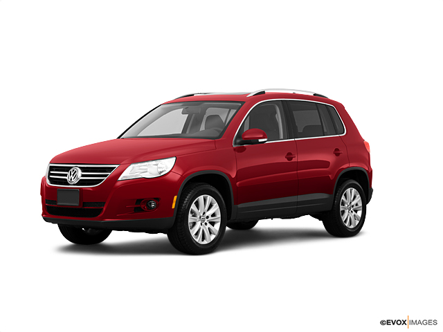 2010 Volkswagen Tiguan Vehicle Photo in Allentown, PA 18103