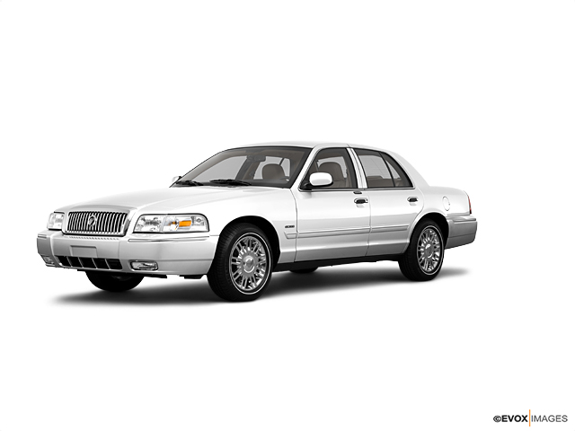 2010 Mercury Grand Marquis Vehicle Photo in Emporia, VA 23847