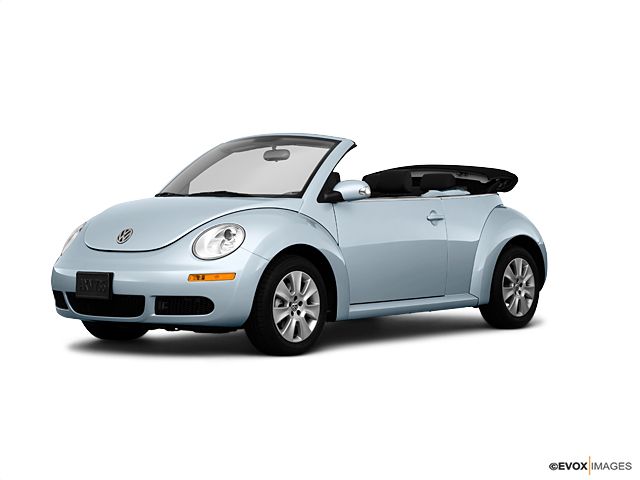 2010 Volkswagen New Beetle Convertible Vehicle Photo in Franklin, TN 37067