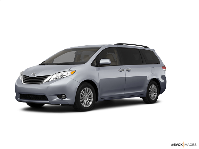 2011 Toyota Sienna Vehicle Photo in Joliet, IL 60435
