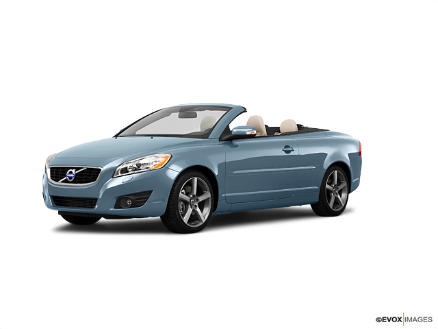 2011 Volvo C70 Vehicle Photo in San Antonio, TX 78257