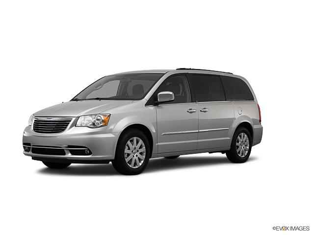 2012 Chrysler Town & Country Vehicle Photo in Kansas City, MO 64114