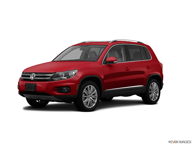 2012 Volkswagen Tiguan Vehicle Photo in Merriam, KS 66203