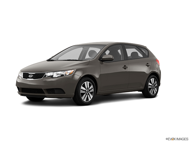 2013 Kia Forte5 Vehicle Photo in Akron, OH 44303