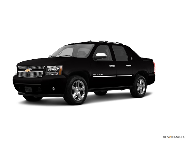 2013 Chevrolet Avalanche Vehicle Photo in Joliet, IL 60435