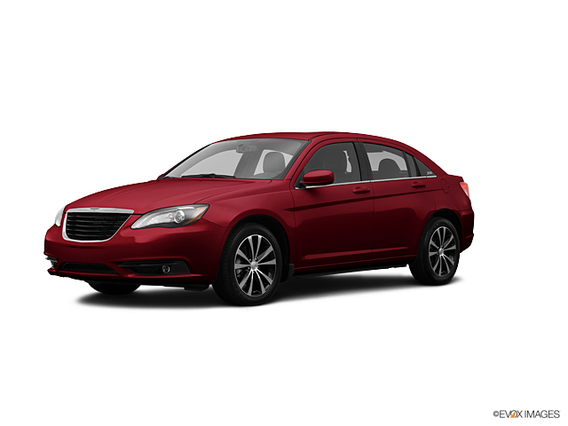 2013 Chrysler 200 Vehicle Photo in Worthington, MN 56187