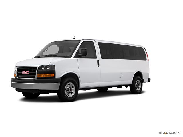 2013 GMC Savana Passenger Vehicle Photo in Warrensville Heights, OH 44128