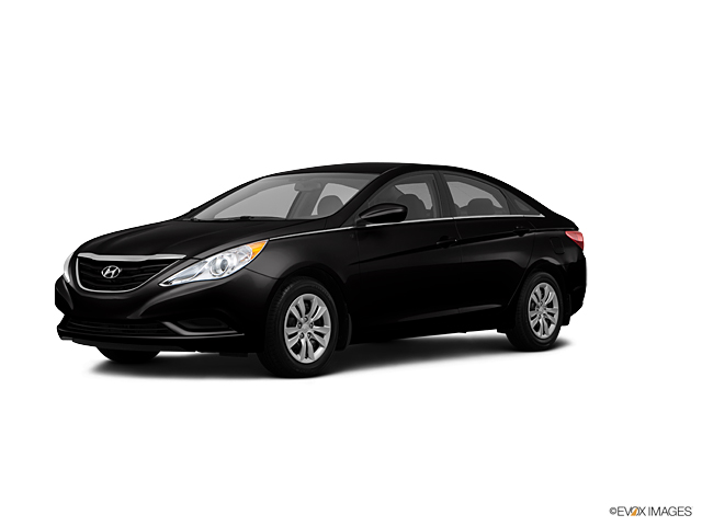 2013 Hyundai Sonata Vehicle Photo in Akron, OH 44312