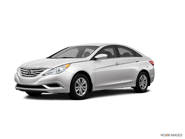 2013 Hyundai Sonata Vehicle Photo in Akron, OH 44303