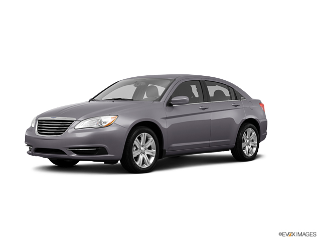2013 Chrysler 200 Vehicle Photo in Joliet, IL 60435
