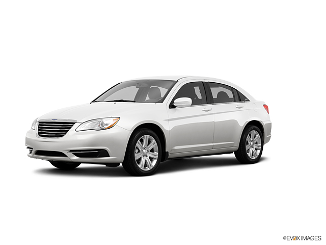 2013 Chrysler 200 Vehicle Photo in Quakertown, PA 18951