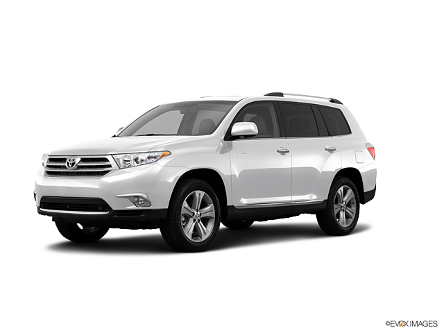 2013 toyota highlander limited features