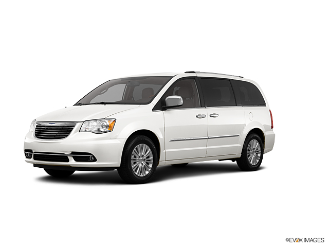 2013 Chrysler Town & Country Vehicle Photo in Owensboro, KY 42303