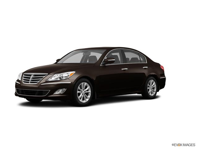 A 2013 Hyundai Genesis in Escondido CA dealer Perry ...