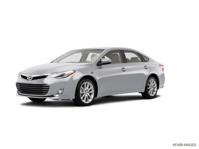 2017 Toyota Avalon Vehicle Photo In Dixon Il 61021