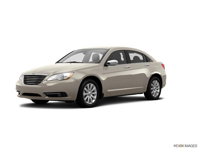 2014 Chrysler 200 Vehicle Photo in Gardner, MA 01440