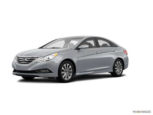 2014 Hyundai Sonata Vehicle Photo in Peoria, IL 61615