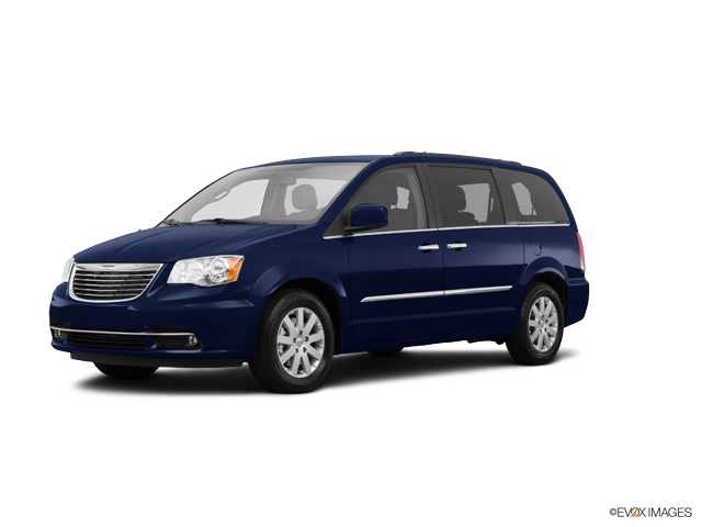 2015 Chrysler Town & Country Vehicle Photo in Palos Hills, IL 60465