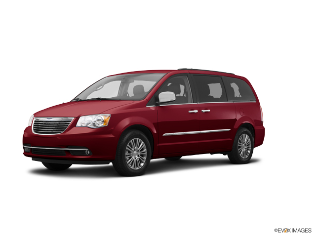2015 Chrysler Town & Country Vehicle Photo in Boston, NY 14025